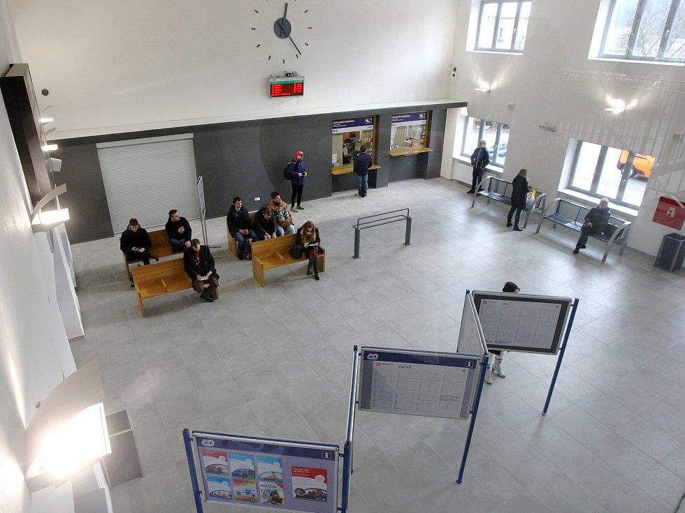 Otevření opravené nádražní budovy vlakového nádraží v Kuřimi na Brněnsku.