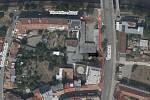 Kvůli stavbě bytového domu na nároží Vídeňské a Táborského nábřeží v Brně bude v místě platit omezení pro chodce i řidiče.
