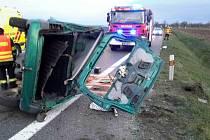 Ranní nehoda na silnici 53 u Pohořelic na Brněnsku.