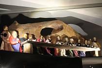 V brněnském Letohrádku Mitrovských vystavují okolo sedmdesáti betlémů, které jsou například z papíru, dřeva, látky nebo skla.