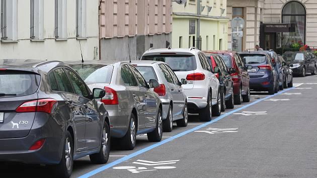 Nezapomeňte: Modré zóny v Brně jsou od pondělí už s kontrolami