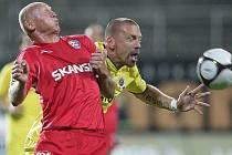 Aleš Besta 1.FC Brno versus Tomáš Řepka AC Sparta Praha.