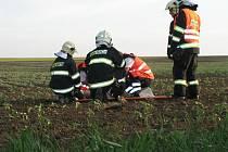 Z nehody u Pohořelic museli záchranáři odvézt tři zraněné.