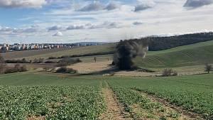 Část munice však byla v takovém stavu, že ji bylo nutné odpálit na vhodném místě, a to nedaleko od chaty.