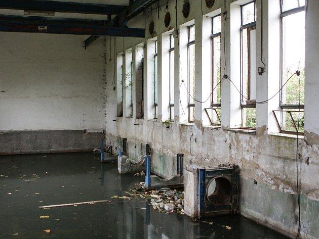 Ruina čerpací stanice v Sokolnicích.