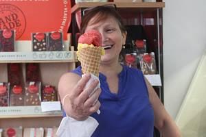 Majitelka čokoládovny Minach Mariana Chmelařová.