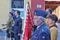 Oslavanští odhalili za účasti válečného veterána, příslušníka 311. bombardovací perutě RAF, Tomáše Loma , pamětní desku oslavanskému rodákovi Karlu Kunkovi.