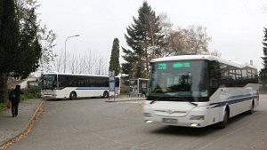 Kuřim rozšíří autobusové nádraží. Vedle něj nově zaparkuje až osmdesát aut