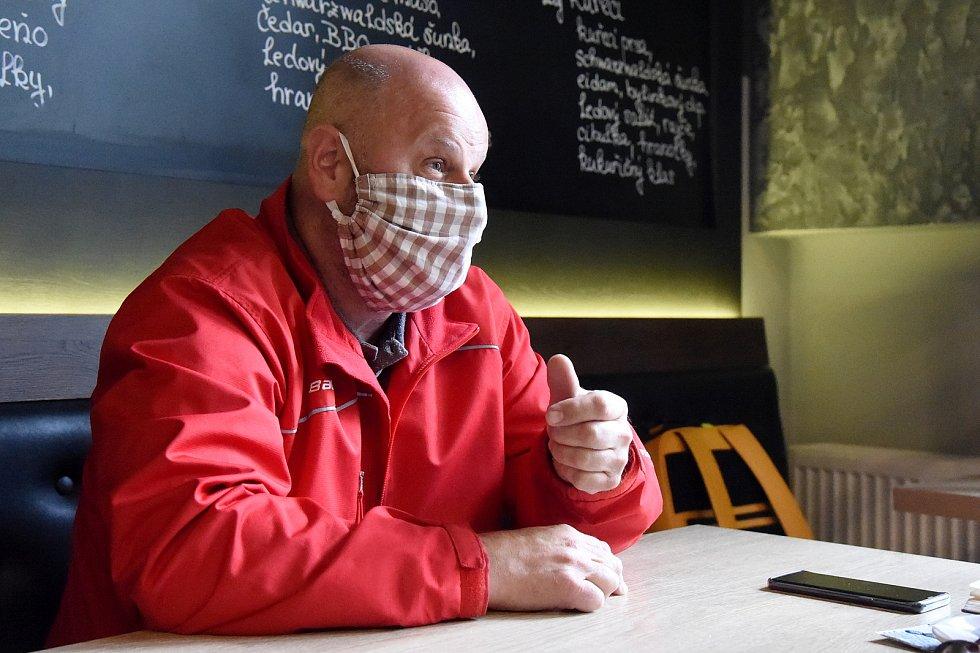 Brno 14.5.2020 - rozhovor s Pavlem Podsedníkem, majitelem brněnské restaurace Štatl na náměstí Svobody