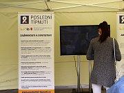 Možnost otestovat obsah dehtu ve svých plicích měli lidé na brněnské akci Poslední típnutí na Moravském náměstí.