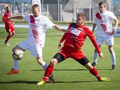 Od obhájce titulu se na domácím hřišti čekal atak na vedoucí pozici Superligy malého fotbalu a Brňané také začali tlakem, jenže příležitosti nevyužili. Naopak Pardubice šance proměnily a duel jedenáctého kola ovládly 6:2.
