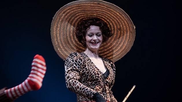 Inscenace Liliom v Národním divadle Brno.