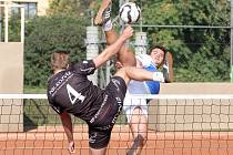 Nohejbalisté Modřic panovali na mistrovství České republiky dvojic i trojic největším možným způsobem. Obě družstva Sokola skončila v obou kategoriích na prvních dvou místech.