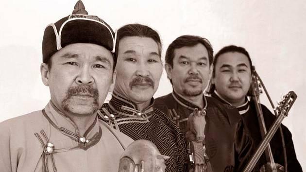 Tuvinská skupina Huun-Huur-Tu.