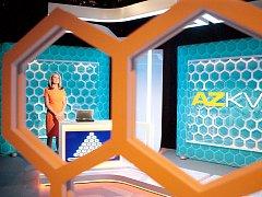 Televizní soutěž AZ-kvíz v nové dekoraci.