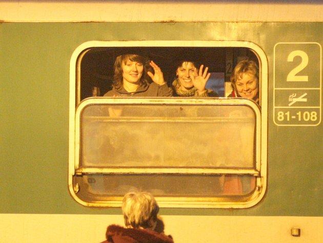Loučit se s příbuznými až na peroně? Toho se možná lidé na šesti jihomoravských tratích budou muset vzdát.