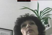 Skrytá kamera odhalila braní úplatků brněnské lékařky Elišky Jugové.
