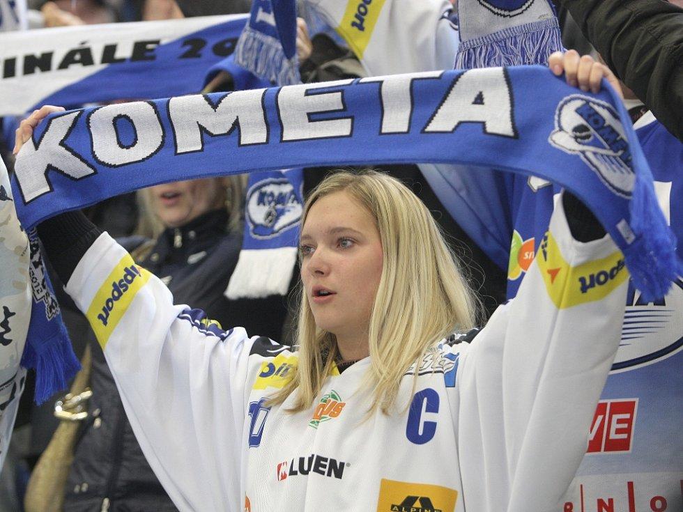 Kometa v šestém finálovém zápase extraligového finále prohrála 1:5. Titul slaví Pardubice.