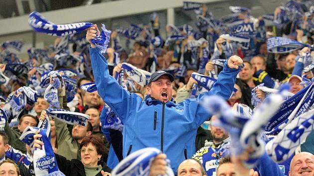 Kometa doma zdolala v prodloužení Plzeň a slaví postup do semifinále.