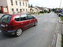 Místo nehody, kde řidič Avie srazil děti.