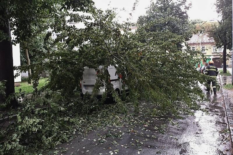 Bouře přeletěla nad Brnem a okolím