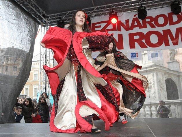Romové v centru Brna slavili svůj den.