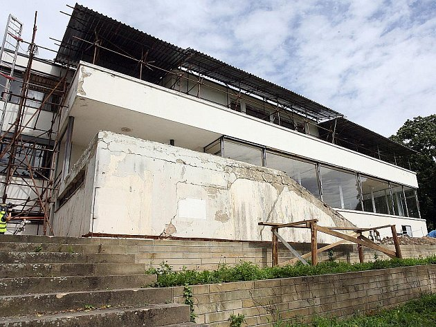 Rekonstrukce funkcionalistické vily Tugendhat.