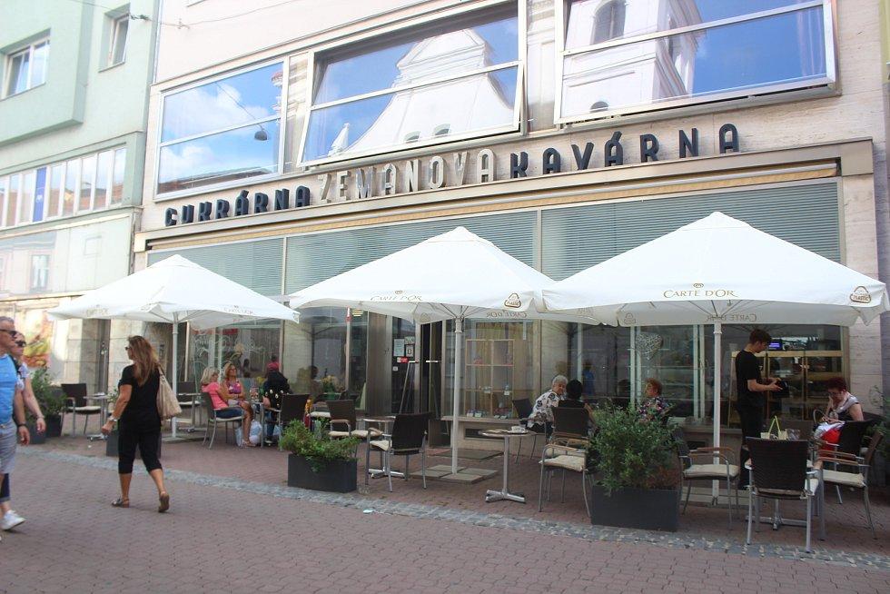 Zemanova kavárna na Josefské ulici.