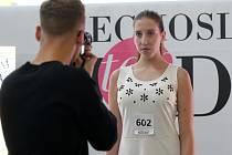 Soutěž Czechoslovak Top Model měla casting na modelky v brněnském nákupním centru Olympia.