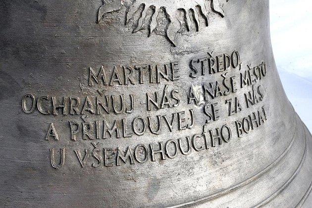 Nový zvon věnovaný páteru Středovi posvětil papež Benedikt XVI.