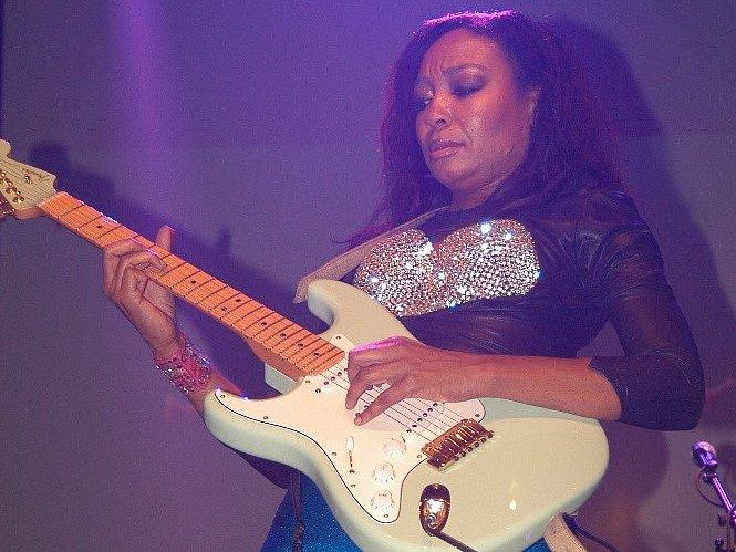 Malina Moye.