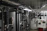 Unikátem na Kaprálově mlýně je systém vytápění. Využívá tepelné čerpadlo, sluneční kolektory a v případě potřeby výhřev kotlem na dřevo. U vzduchotechniky je zajištěná rekuperace, stejně tak například u odtoku vody ze sprch.