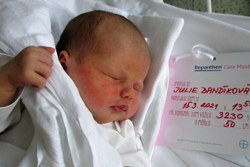 Julie Bandíková, 15. 3. 2021, Podivín, Nemocnice Břeclav, 3230 g, 50 cm