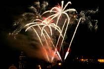 Na závěr galaprogramu k slavnostnímu zahájení MS basketbalu žen 2010 byl z hradu Špilberk odpálen ohňostroj.