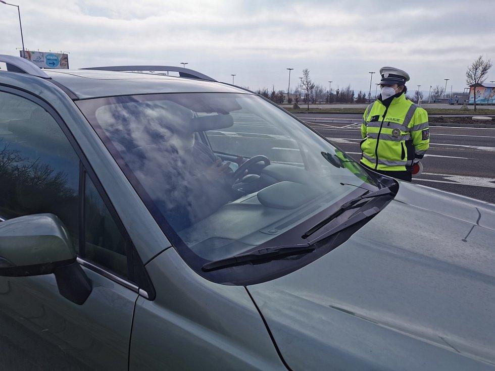 Policejní kontrola u Pasohlávek na Brněnsku mezi okresem Břeclav a Brno venkov.