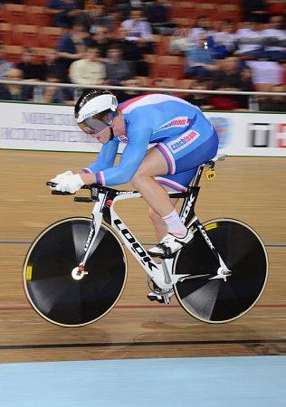 Dráhový cyklista brněnské Dukly Tomáš Bábek po vážné nehodě téměř přišel oživot. Po dvouleté odmlce se vběloruském Minsku postavil na start mistrovství světa