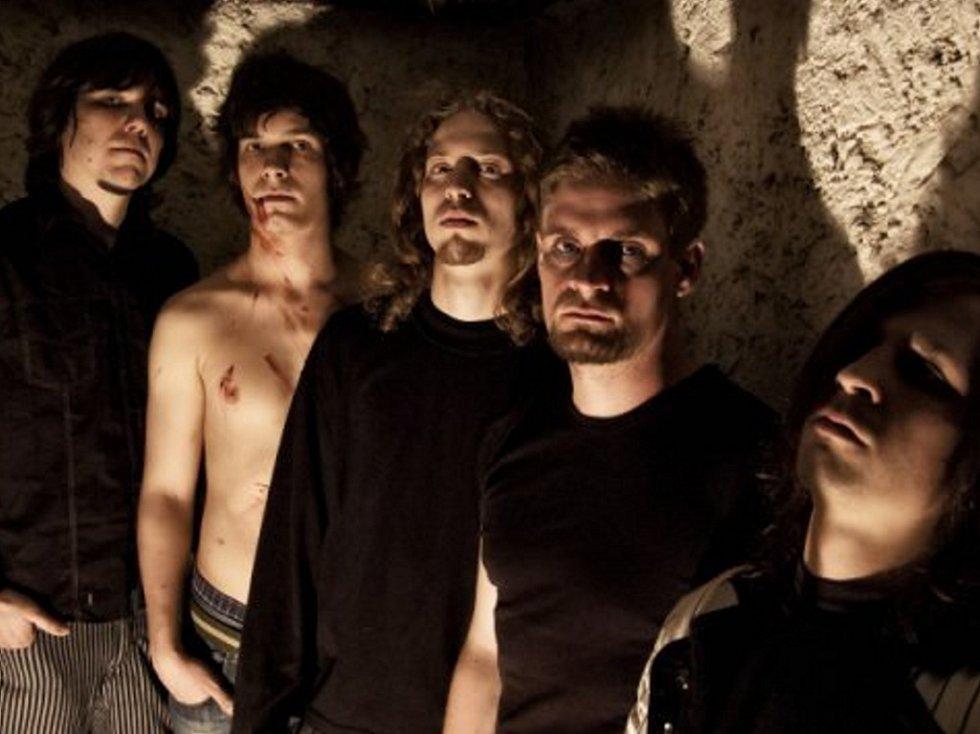Skupina X-left To Die z Chomutova.