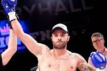 Bojovník Vladimír Lengál z Muay Thai Brno nastoupí při Fusion FN24 v pyramidě.