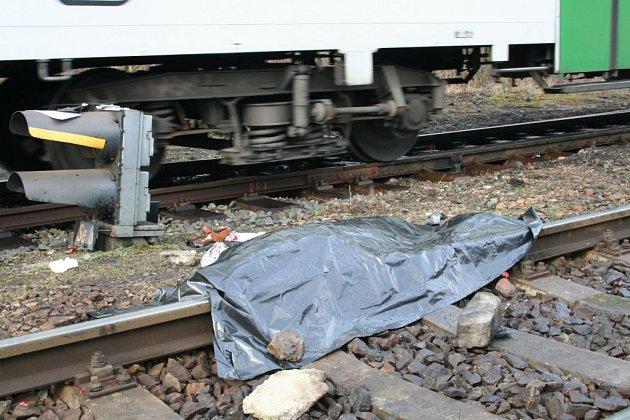 Mezi kolejemi leželo tělo dvaačtyřicetiletého muže ze Znojma