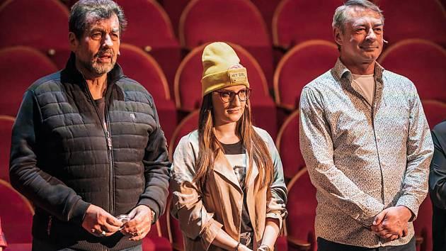 Městské divadlo Brno připravuje reality show AktrŠéf. Lidé se mohou těšit na oblíbence ze souboru divadla i hosta, herce Jiřího Dvořáka (vpravo).