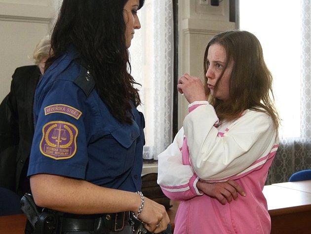 S čtyřletým trestem odešla v pátek od Krajského soudu v Brně devětadvacetiletá Martina Kulíšková, která letos v červenci v Lipůvce na Blanensku zabila svého přítele.