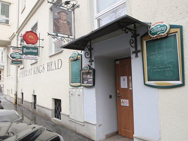 Kings Head restaurant pub.