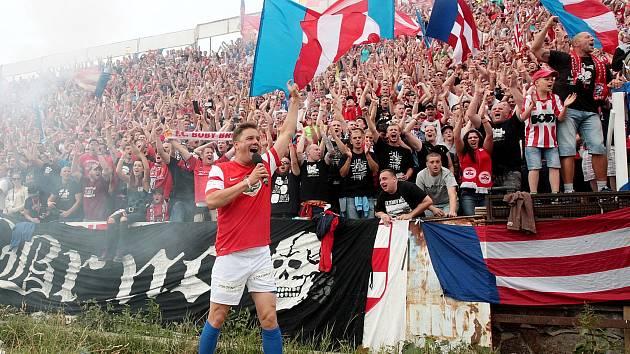 Loňská rozlučka fotbalisty Petra Švancary na brněnském fotbalovém stadionu za Lužánkami získala mezinárodní ocenění.