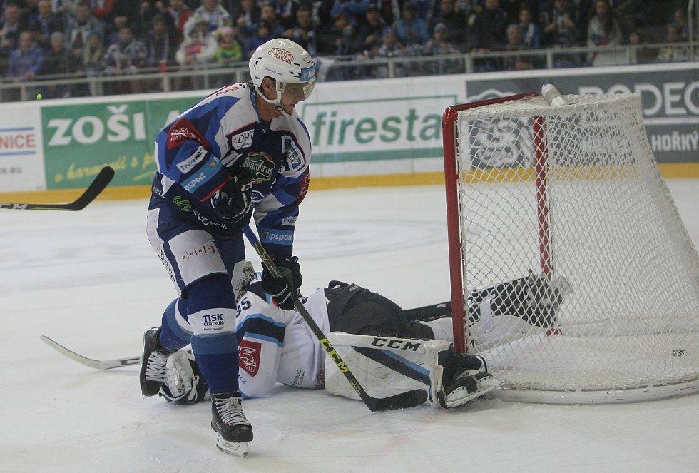 V Kometě Erat i v pokročilovějším hokejovém věku dokazoval, proč platil za hvězdu první třídy.