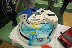 Dortiáda nalákala do Kajot Areny desítky lidí. Kdo nezkusil dort, mohl si vyzkoušet hokejový led.