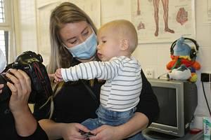 Dvouletý Artur podstoupil jako druhý v republice unikátní celoživotní genovou terapii.