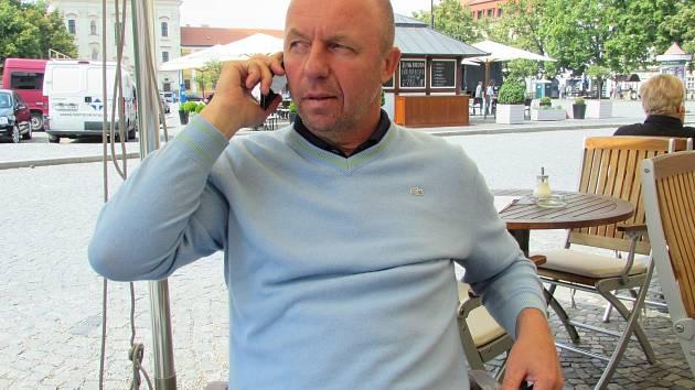 Bývalý fotbalový reprezentant Miroslav Kadlec oblékal dres německého Kaiserslauternu, Drnovic či Brna.