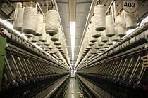Brněnská Nová Mosilana je v současné době největší výrobce vlněných tkanin v Evropě. Zaměstnává přibližně tisíc lidí a dodává látky do zahraničí.
