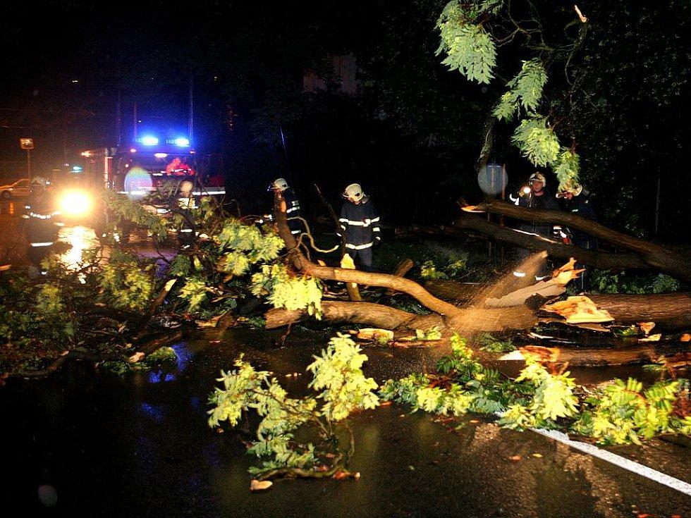 Následky středeční bouřky v Brně.