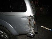 Důsledkem zběsilé jízdy osmačtyřicetileté řidičky vznikla skoro půlmiliónová škoda.